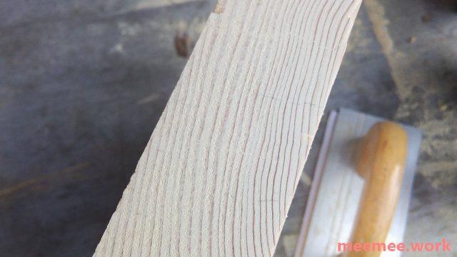 ハンドサンダーをかけた後の木口